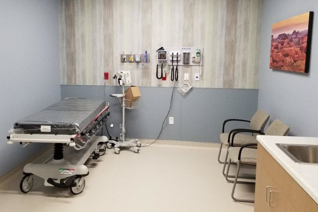 Chandler ER room